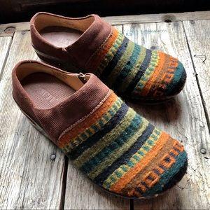 Born Kimmy Wool Southwestern style wool clogs 8